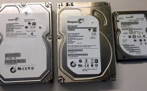 3 Seagate hard drives side by side - 7200.12, Barracuda, Momentus